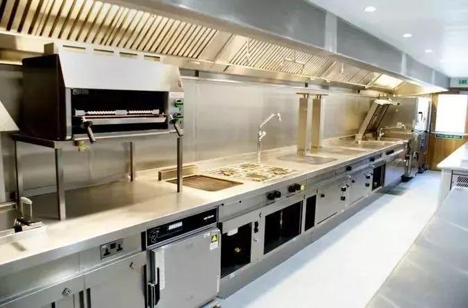 商用厨房设备操作注意事项